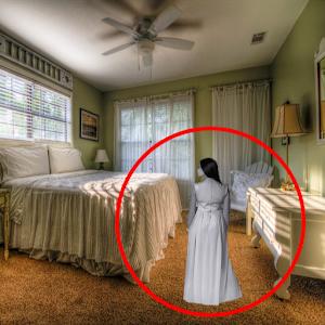 Ghost Detector Camera icon
